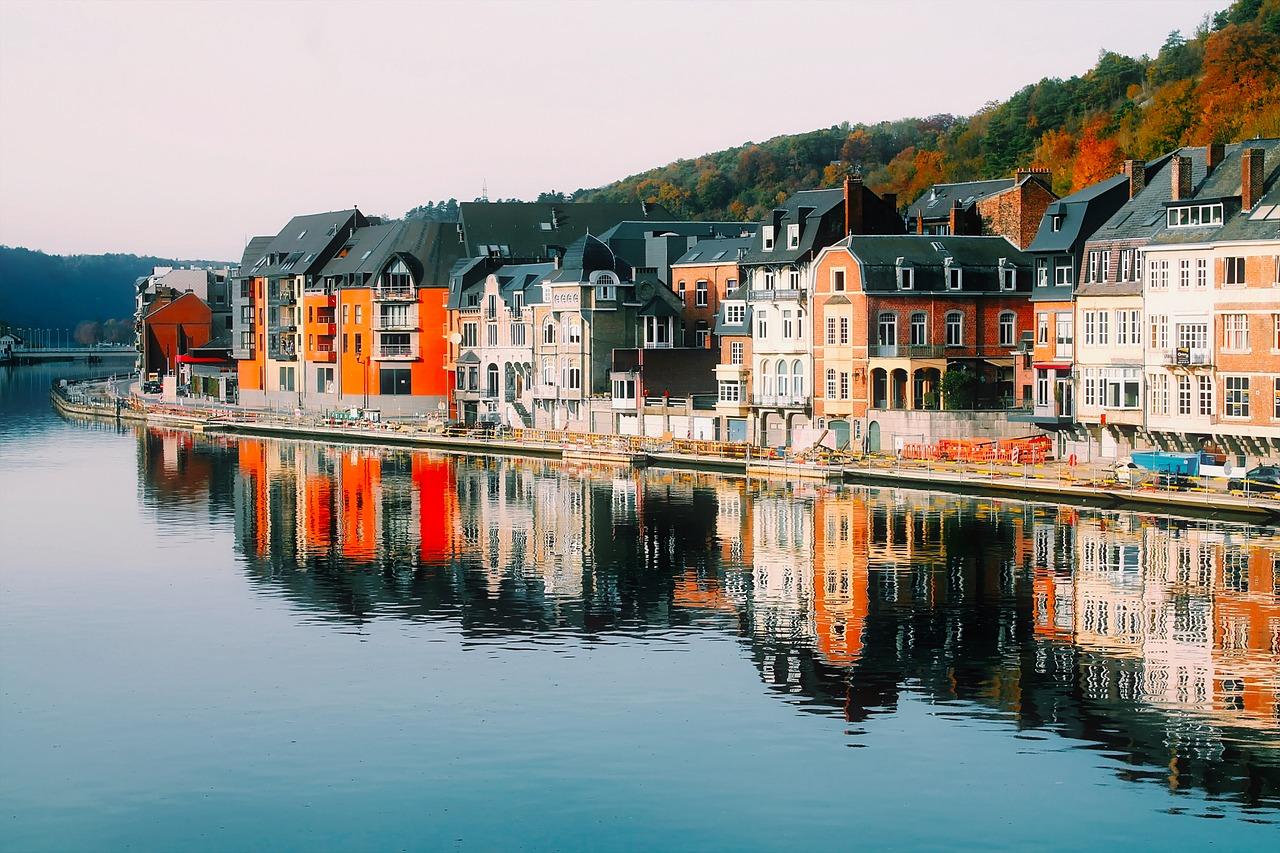 Où passer une nuit insolite en amoureux en Belgique ?