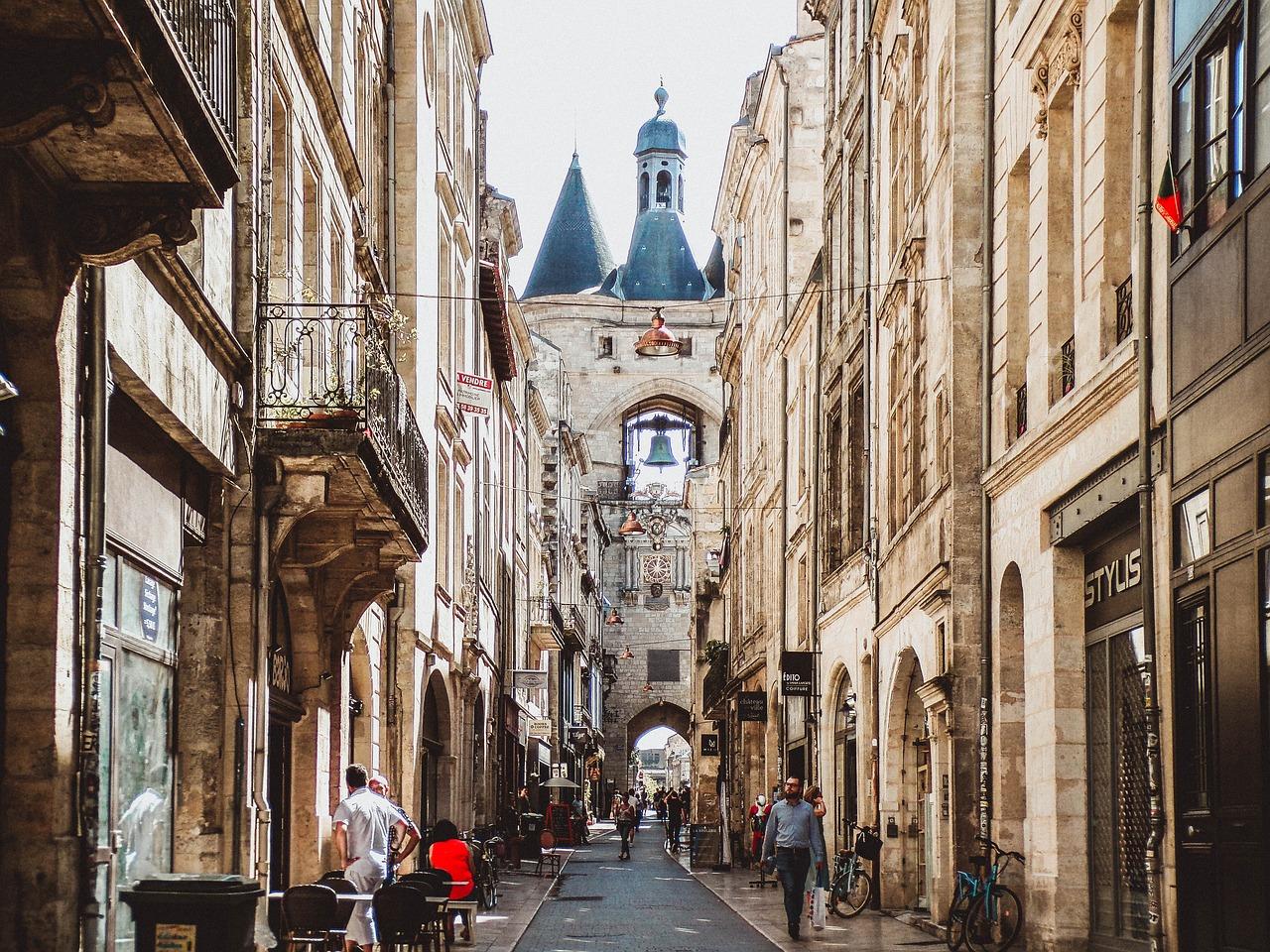 Quelles sont les meilleures spécialités culinaires de Bordeaux ?