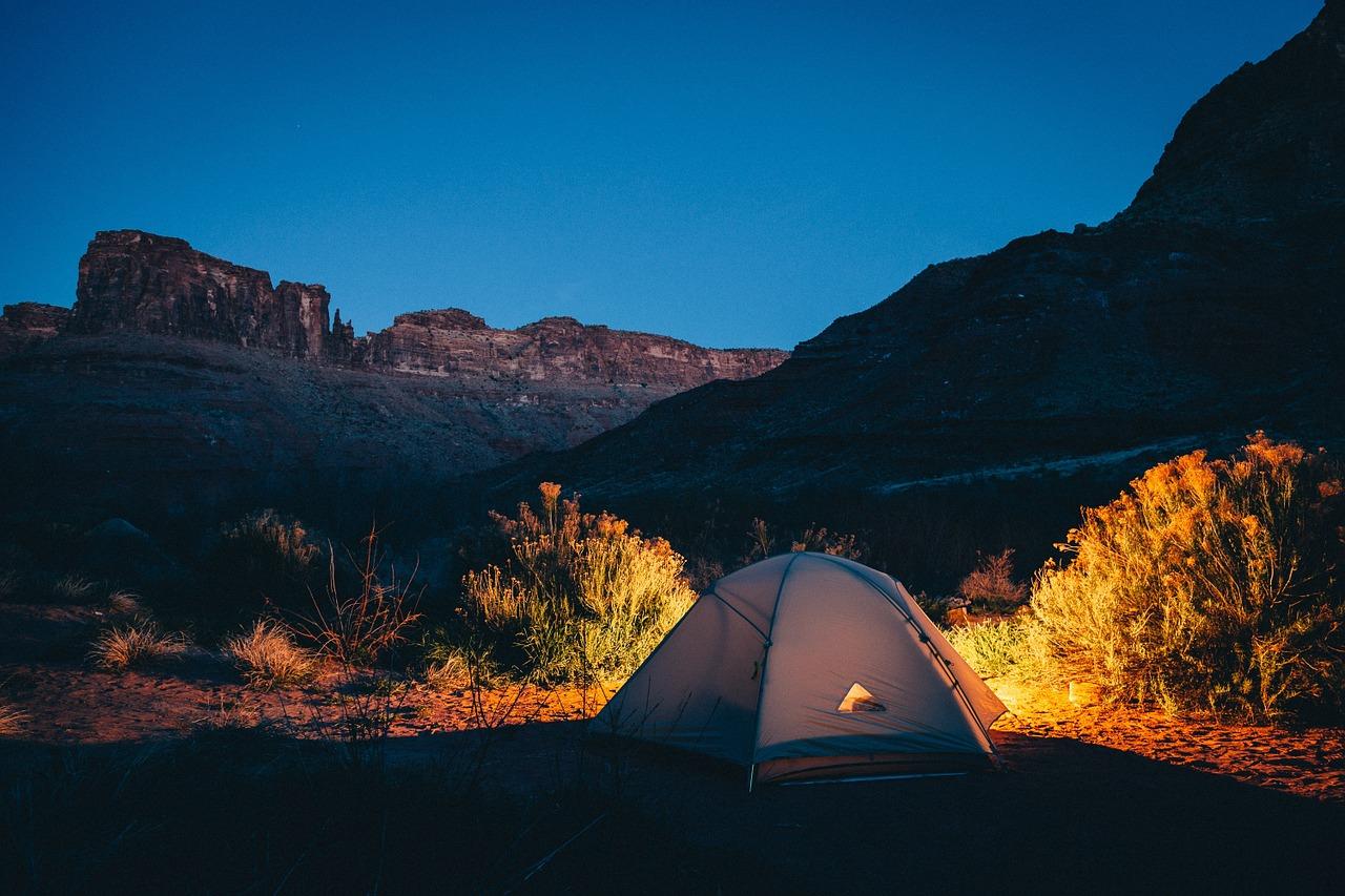 Le camping sauvage en Belgique : est-ce autorisé ?