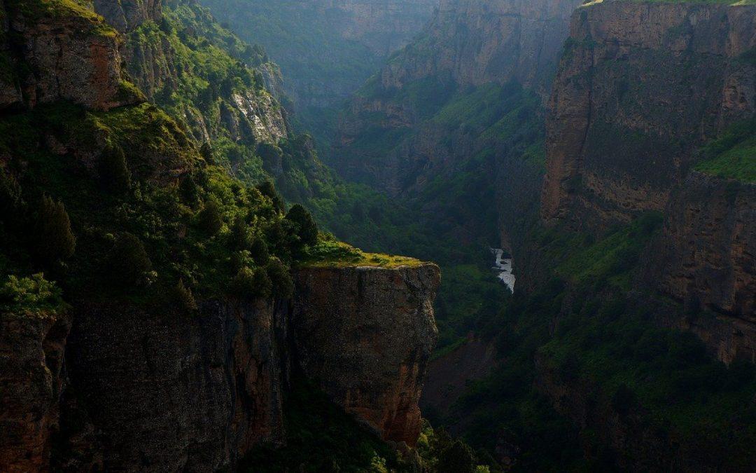Un plaisir pour toute la famille, le canyoning en Ardèche