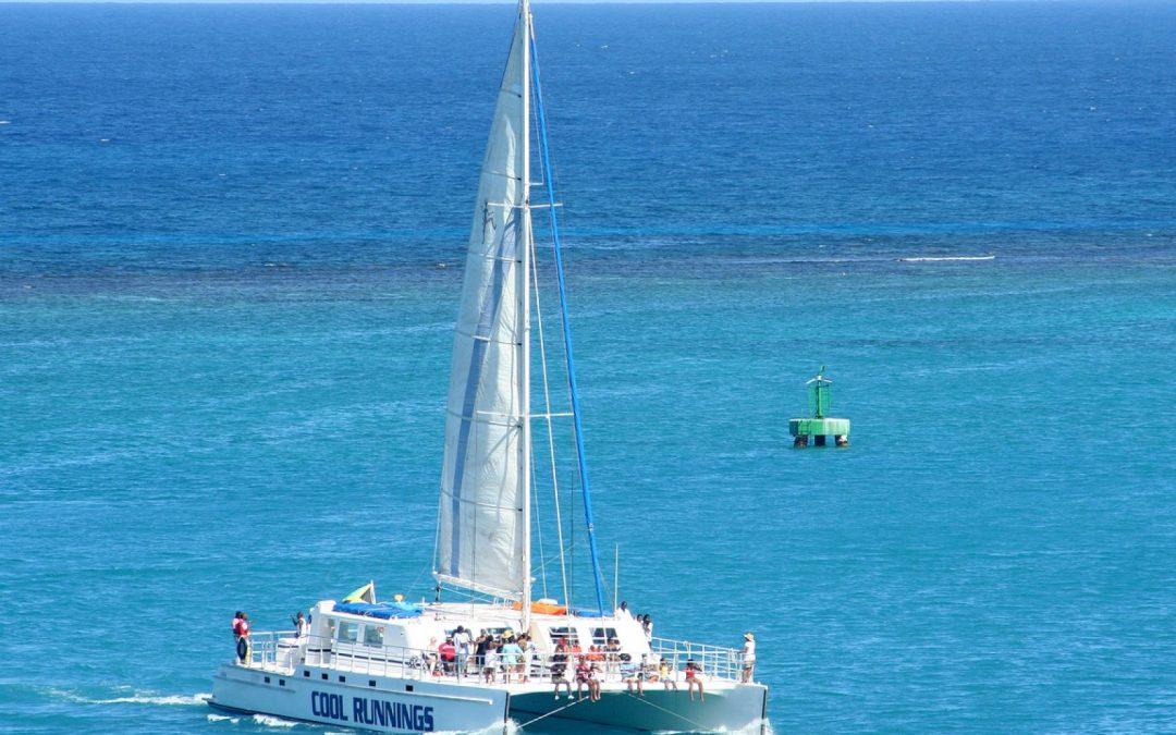 Choisissez votre catamaran et partez à la découverte du monde !